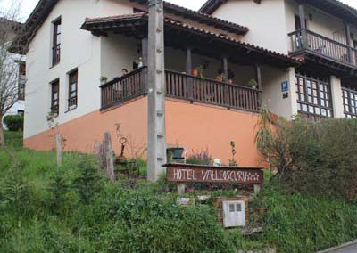 FACHADA HOTEL RURAL VALLEOSCURU